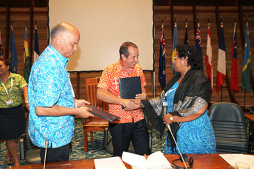 Kiribati, the EU and SPC partner to ensure clean water and safe sanitation in atoll communities